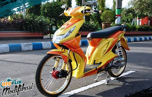 Modif Motor Honda Beat Airbrush