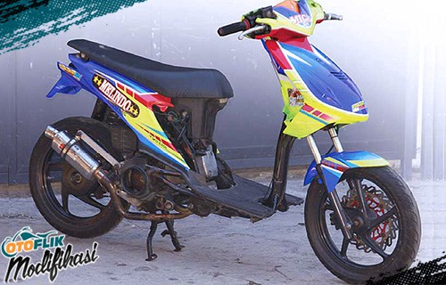 Modifikasi Motor Beat Road Race