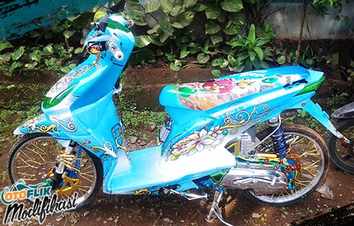 Modifikasi Motor Honda Beat Airbrush
