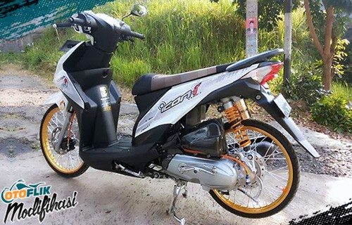 modifikasi motor beat putih