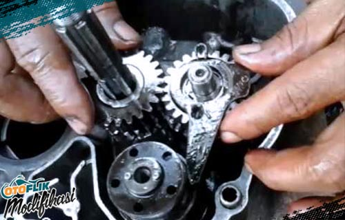 Atur Gear Ratio