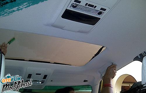 Modif Plafon Mobil Putih
