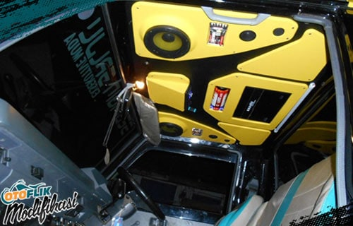 Modifikasi Plafon Mobil Audio Custom
