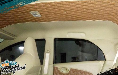 Modifikasi Plafon Mobil Brio