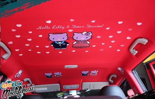 Modifikasi Plafon Mobil Hello Kitty
