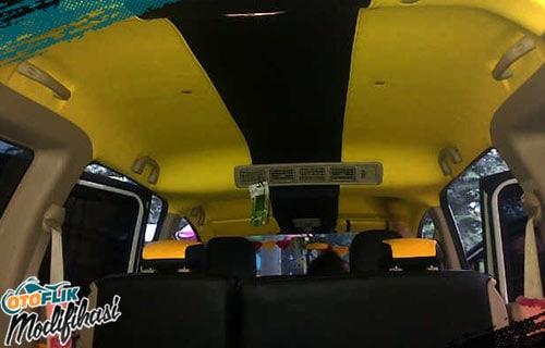 Modifikasi Plafon Mobil Kuning