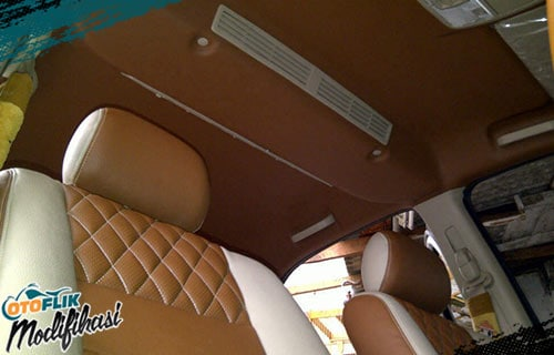 Modifikasi Plafon Mobil Leather