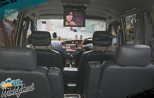 Modifikasi Plafon Mobil Toyota Avanza