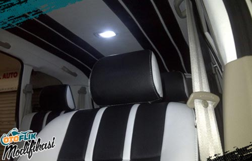 Modifikasi Plafon Mobil Two Line Style