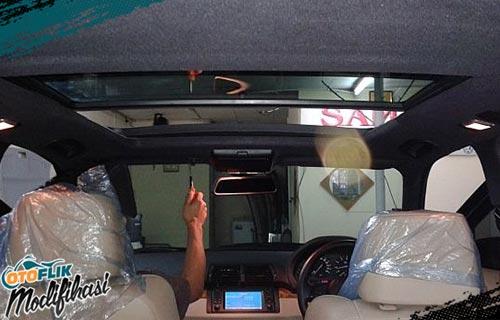 Modifikasi Plafon Mobil turun