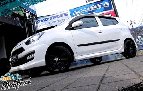 Modifikasi Velg Daihatsu Ayla Ring 17
