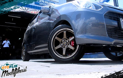 Modifikasi velg racing ayla ring 16