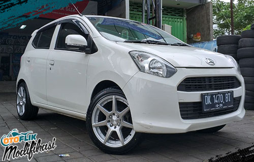 modifikasi velg racing daihatsu ayla ring 16