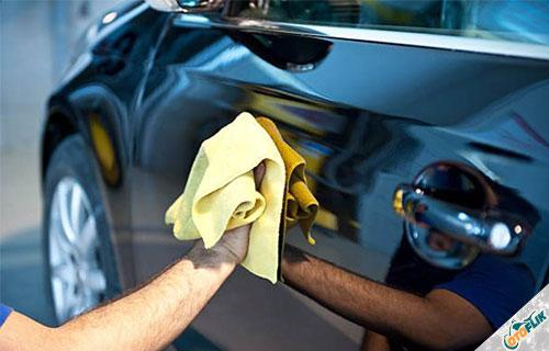 Cara Menghilangkan Goresan pada Mobil Menggunakan Air