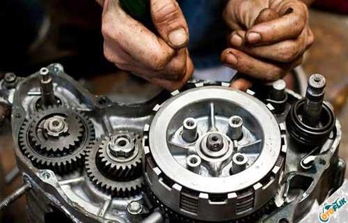 Cara Mengatasi Mesin Motor Bunyi Klotok Klotok