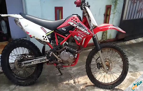 Modifikasi Motor Trail Honda Megapro 7