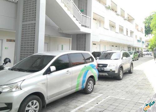 Memilih Tempat Parkir Yang Bersih
