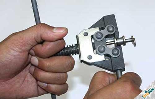 Alat Pemotong Rantai Motor