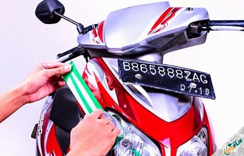 Cara Pasang Stiker Motor Yang Benar dan Anti Lepas