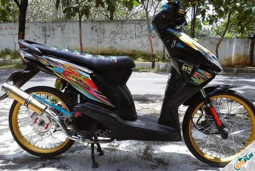 Modifikasi Motor Thailook Beat 01