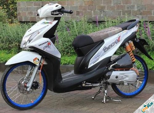 Modifikasi Motor Thailook Beat 03