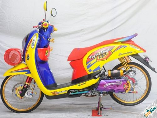 Modifikasi Motor Thailook Scoopy 02