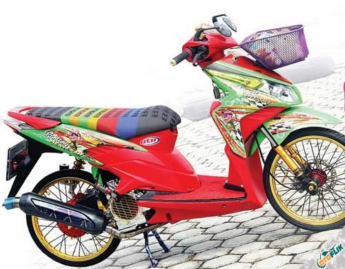 Modifikasi Motor Thailook Vario 02