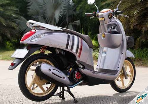 Modifikasi Motor Scoopy Babylook 2