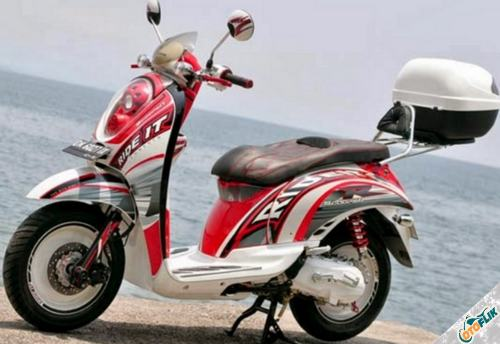 Modifikasi Motor Scoopy Simple 4