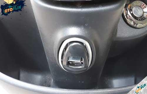 Port USB Motor Migo