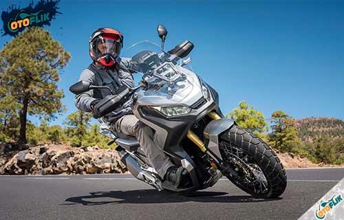 Review Honda X-ADV