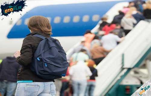 Tips Mudik Pakai Pesawat yang Aman dan Nyaman