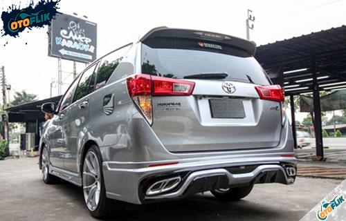 Modifikasi Toyota Innova Elegan 1