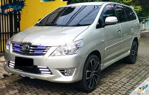 Modifikasi Toyota Innova Elegan 3