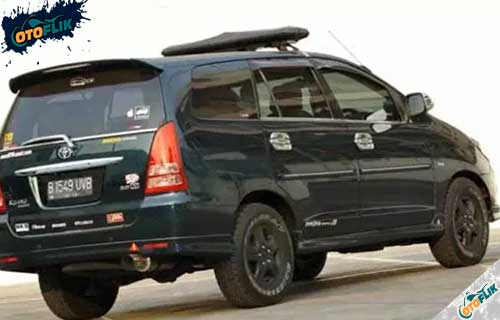Modifikasi Toyota Innova Offroad 4
