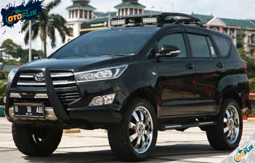 Modifikasi Toyota Innova Offroad
