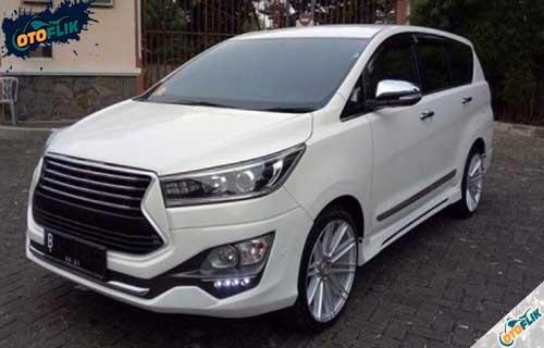 Modifikasi Toyota Innova Reborn 2