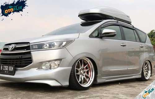 Modifikasi Toyota Innova Reborn 3