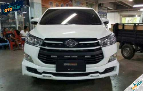 Modifikasi Toyota Innova Reborn 4