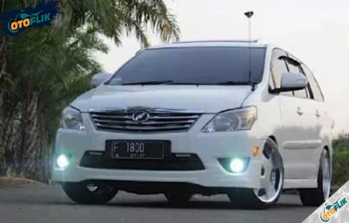 Modifikasi Toyota Innova Simple 4