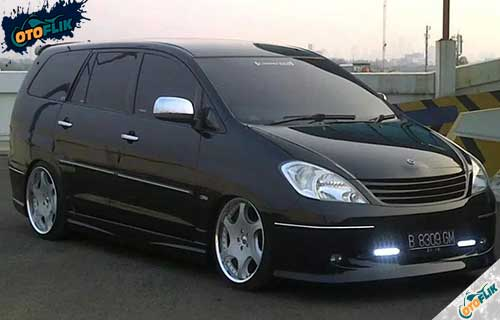 Modifikasi Toyota Innova Simple