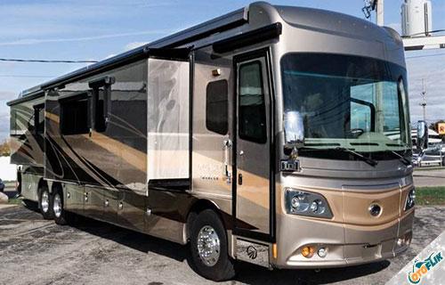Bus Monaco Dynasty 45P