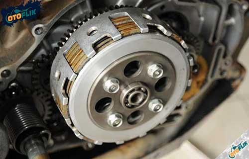 Komponen Kopling Motor Jenis Fungsinya