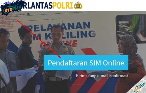 2. Lalu kamu pilih menu Pendaftaran SIM Online dan klik Mulai