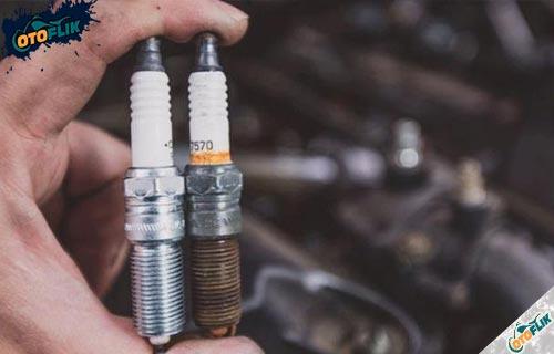 Cara Mengatasi Busi Motor Basah