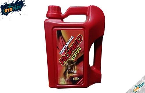Oli Gardan Mobil 4 Liter