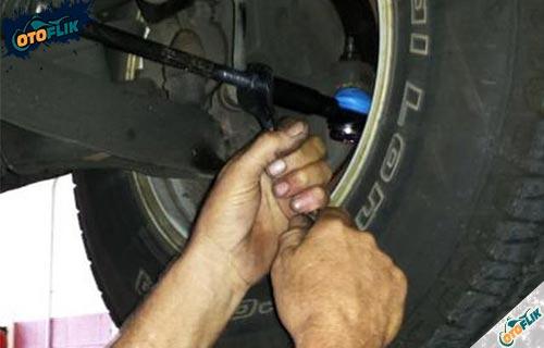 Cara Memperbaiki Tie Rod Mobil