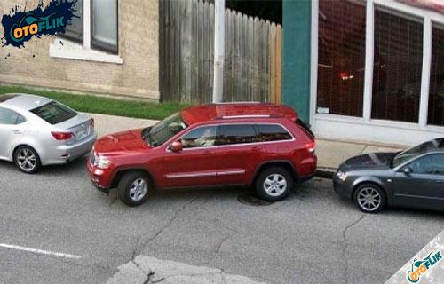 Cara Parkir Paralel Mobil Matic dan Manual