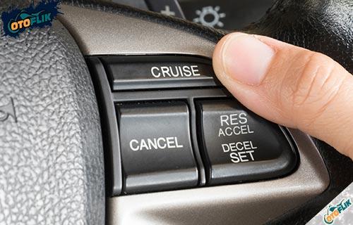Fugnsi Cruise Control Pada Mobil