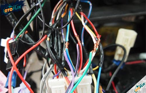 Posisi Penggunaan Kabel Kelistrikan Mobil